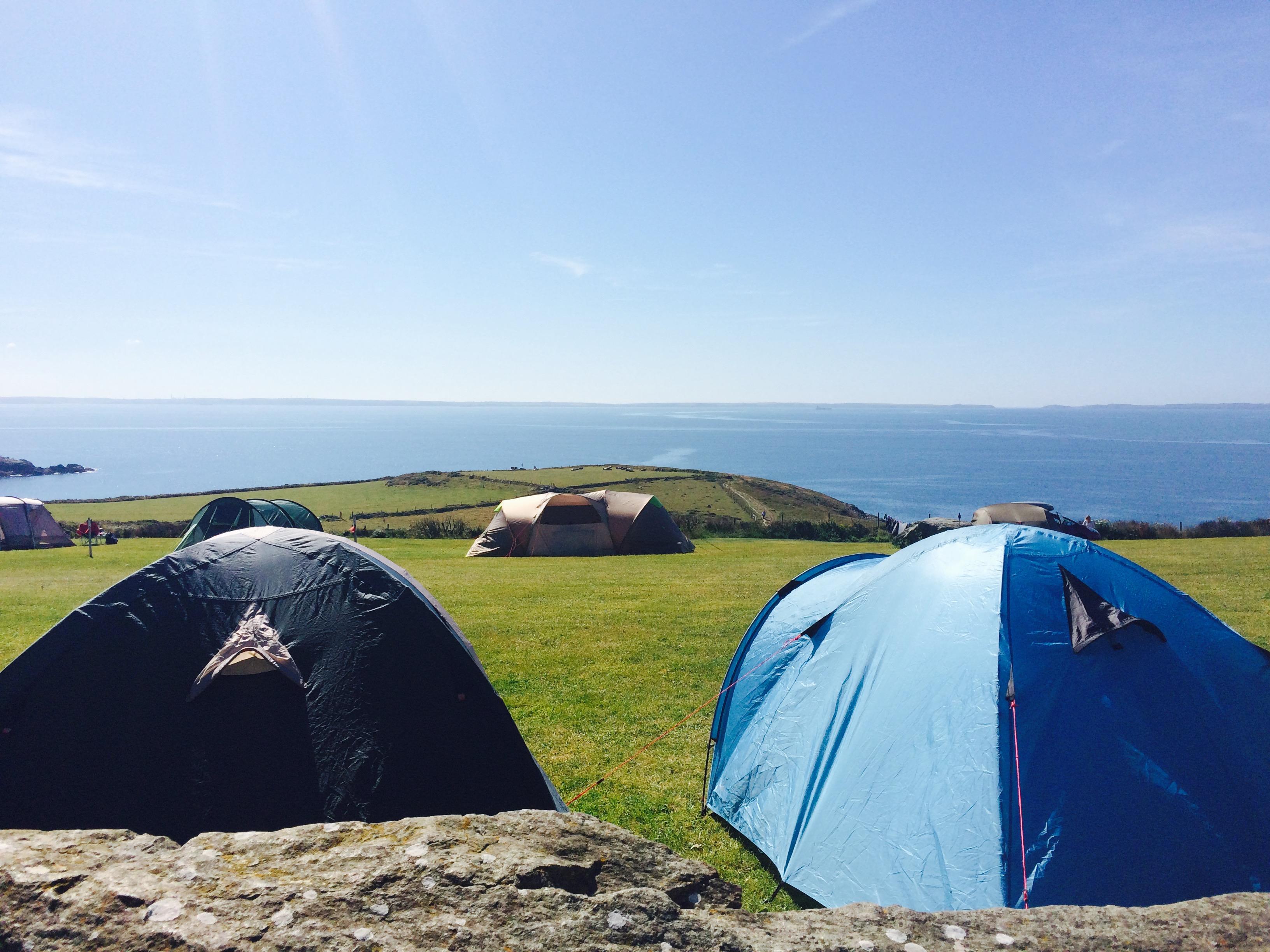 KR8, camping fields