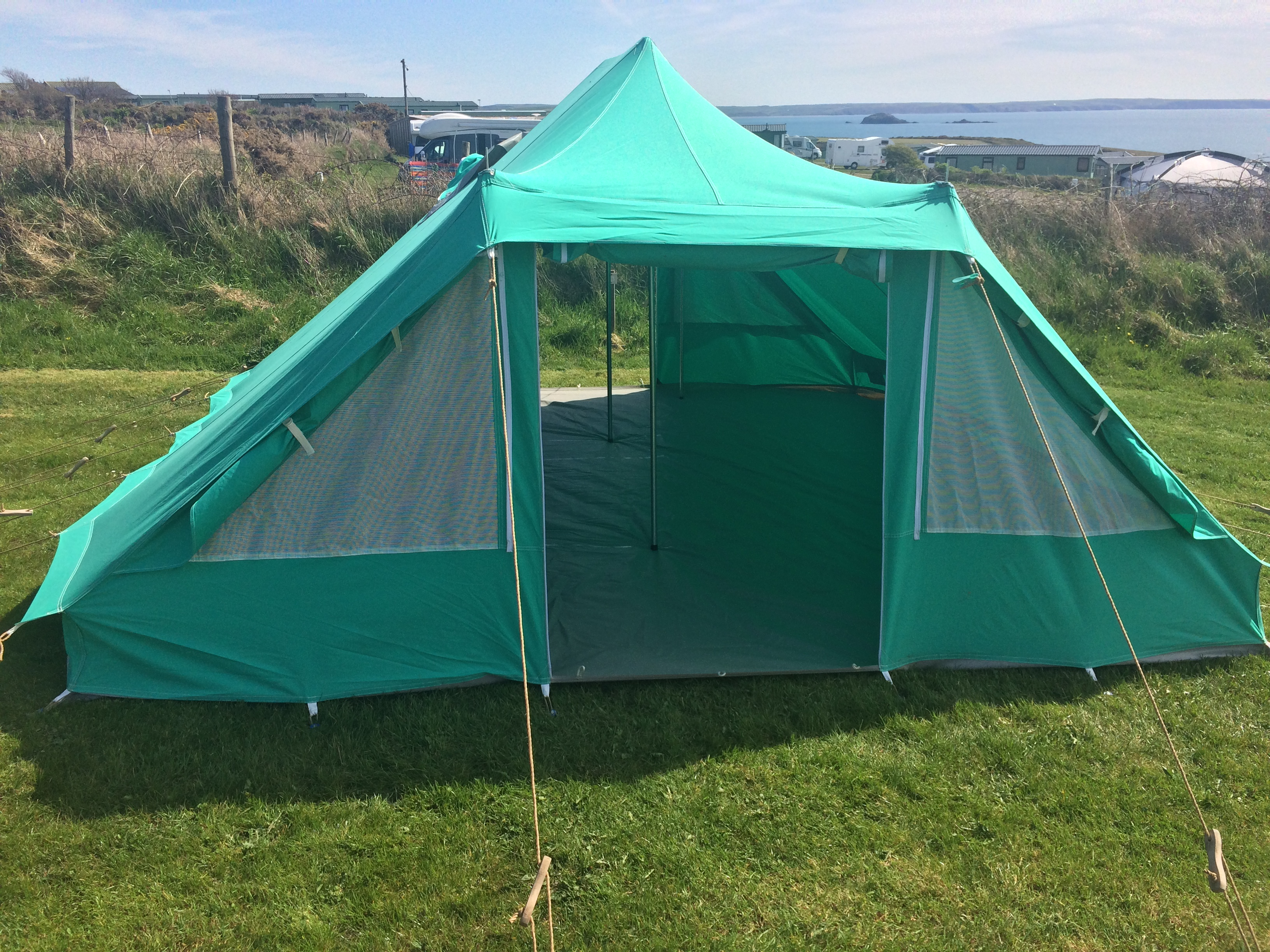 Nepal tent - dual entrance