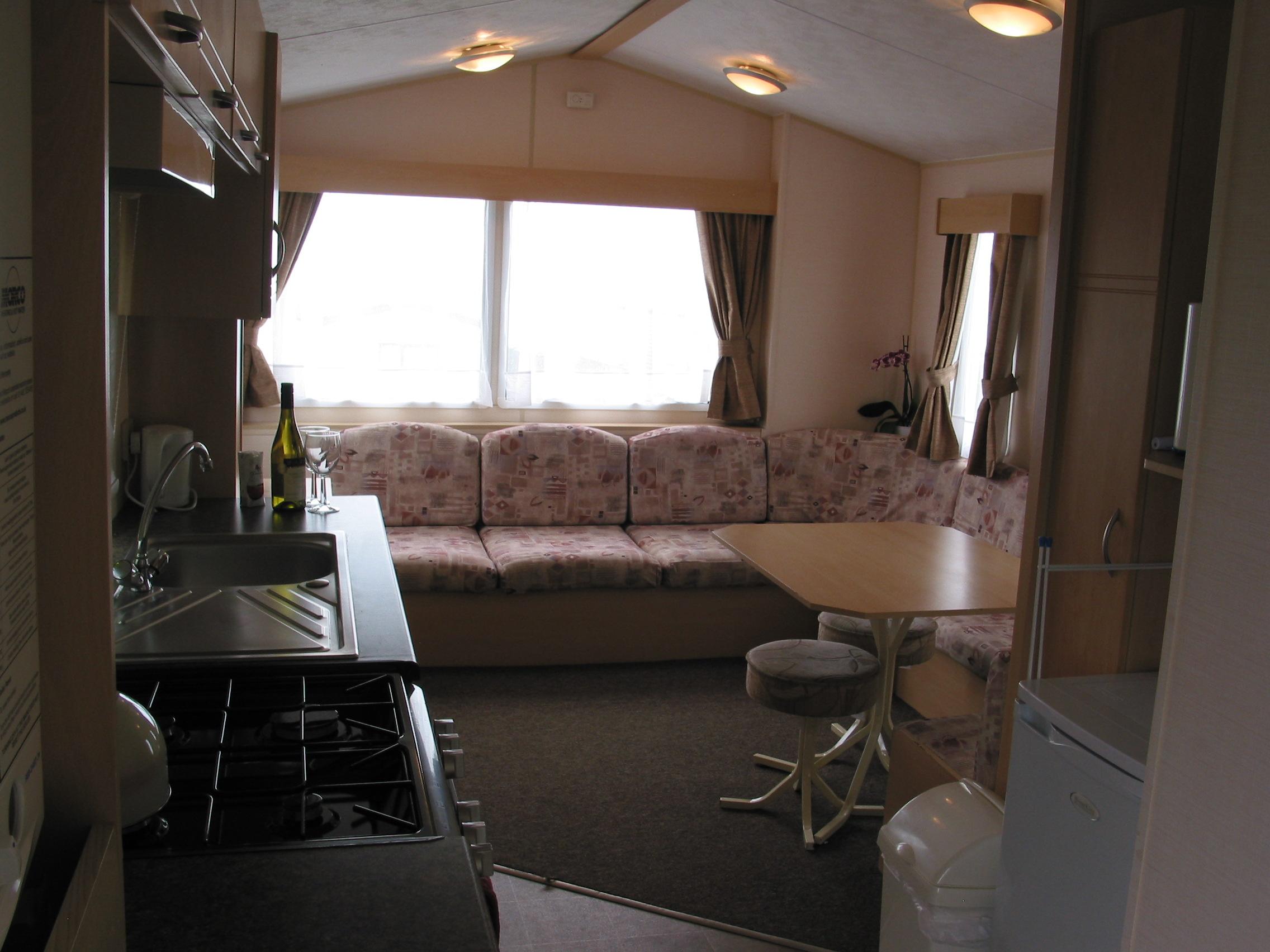 CV 54 living room